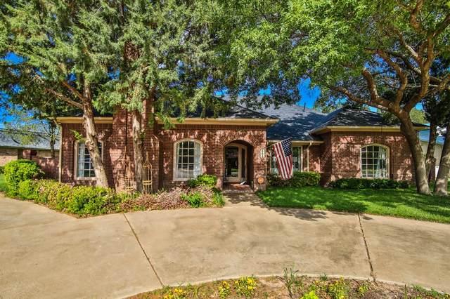 303 Wayne Avenue, Lubbock, TX 79416 (MLS #202105819) :: Better Homes and Gardens Real Estate Blu Realty