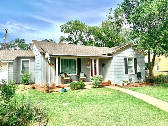 2720 29th Street, Lubbock, TX 79410 (MLS #202105951) :: Stacey Rogers Real Estate Group at Keller Williams Realty