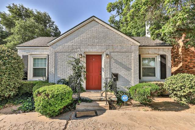 2609 20th Street, Lubbock, TX 79410 (MLS #202106000) :: Stacey Rogers Real Estate Group at Keller Williams Realty