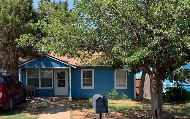 3306 2nd Street, Lubbock, TX 79415 (MLS #202106071) :: Stacey Rogers Real Estate Group at Keller Williams Realty