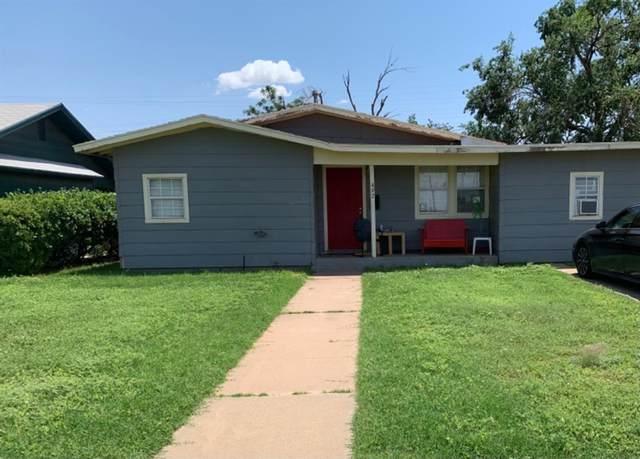 4923 35th Street, Lubbock, TX 79414 (MLS #202106076) :: The Lindsey Bartley Team