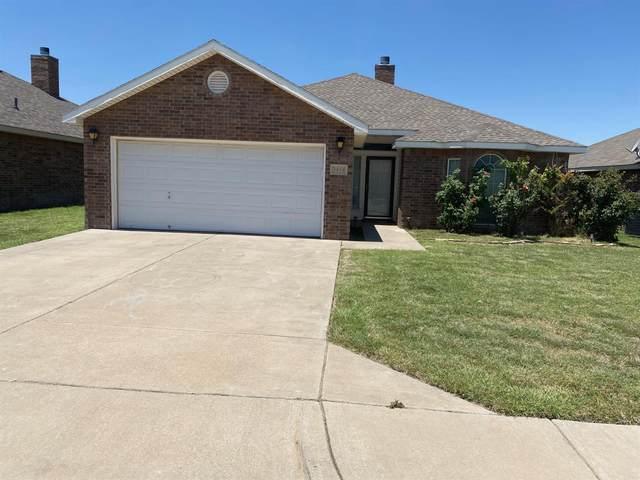 3414 Oakridge Avenue, Lubbock, TX 79407 (MLS #202106241) :: The Lindsey Bartley Team