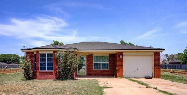 312 80th Street, Lubbock, TX 79404 (MLS #202106229) :: Lyons Realty