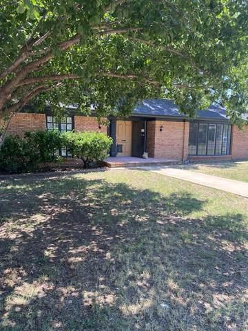 2717 54th Street, Lubbock, TX 79413 (MLS #202106275) :: The Lindsey Bartley Team