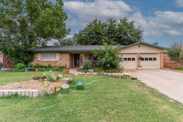 2113 68th Street, Lubbock, TX 79412 (MLS #202106409) :: Reside in Lubbock | Keller Williams Realty