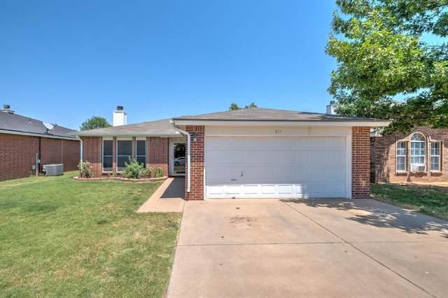 811 Grover Avenue, Lubbock, TX 79416 (MLS #202106422) :: Reside in Lubbock | Keller Williams Realty