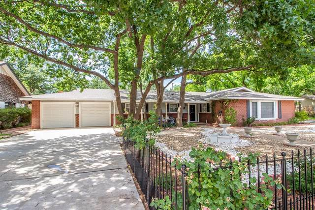 3202 56th Street, Lubbock, TX 79413 (MLS #202106468) :: Better Homes and Gardens Real Estate Blu Realty