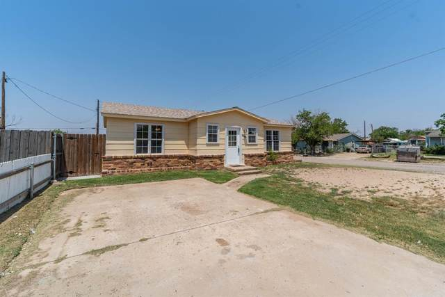 2202 Urbana Avenue, Lubbock, TX 79407 (MLS #202106463) :: Better Homes and Gardens Real Estate Blu Realty