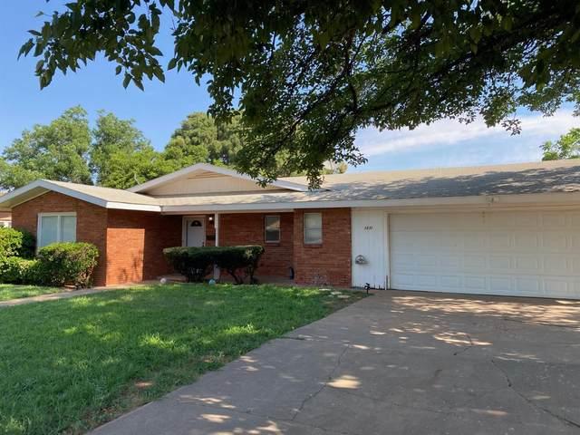 1211 E Harris Street, Brownfield, TX 79316 (MLS #202105373) :: Duncan Realty Group