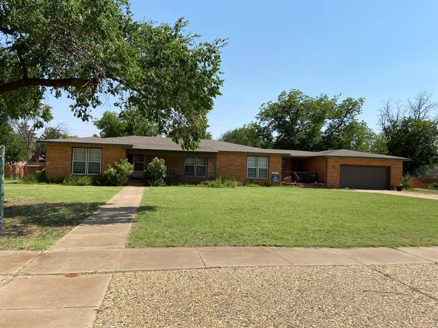 904 E Cardwell Street, Brownfield, TX 79316 (MLS #202106540) :: Duncan Realty Group