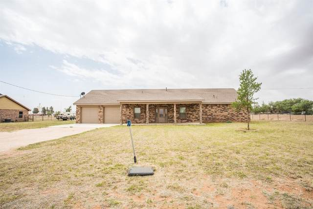 91 Godwin, Seagraves, TX 79359 (MLS #202106593) :: Better Homes and Gardens Real Estate Blu Realty