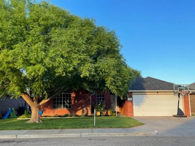 1007 Oshkosh Avenue, Lubbock, TX 79416 (MLS #202106973) :: Better Homes and Gardens Real Estate Blu Realty