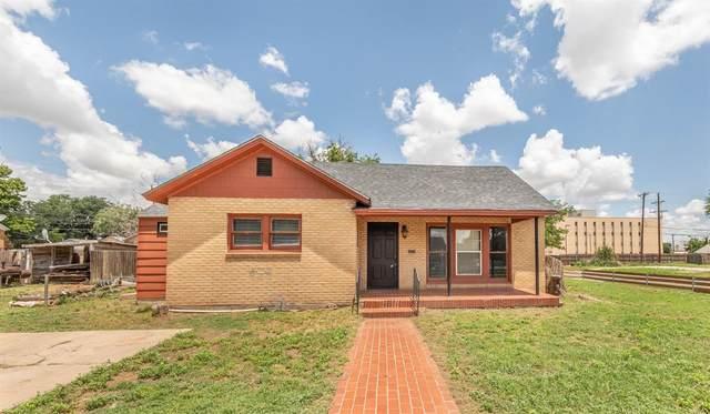 1902 22nd Street, Lubbock, TX 79411 (MLS #202107034) :: Lyons Realty