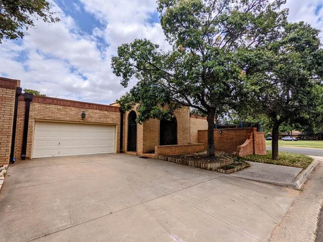 302 Vale Avenue, Lubbock, TX 79416 (MLS #202107211) :: Better Homes and Gardens Real Estate Blu Realty