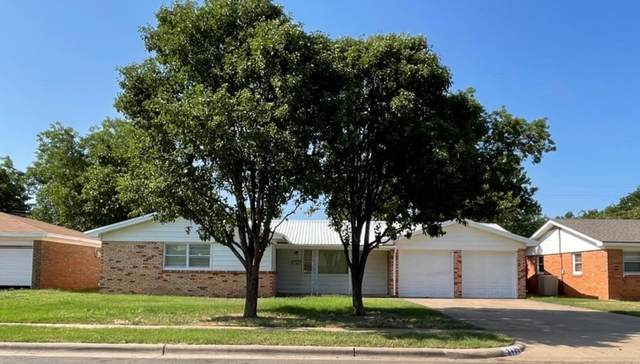 3425 53rd Street, Lubbock, TX 79413 (MLS #202107243) :: Better Homes and Gardens Real Estate Blu Realty