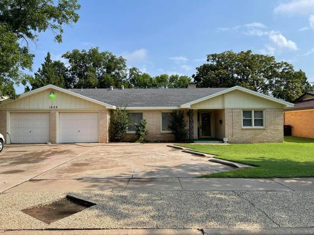 1604 55th Street, Lubbock, TX 79412 (MLS #202107439) :: Better Homes and Gardens Real Estate Blu Realty