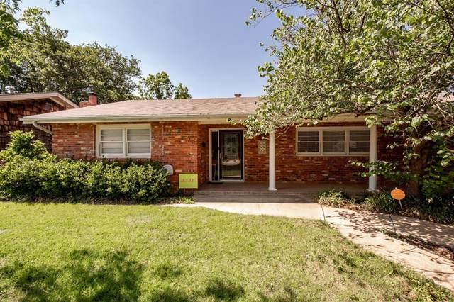 2327 57th Street, Lubbock, TX 79412 (MLS #202107450) :: Rafter Cross Realty