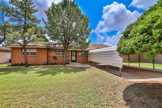 110 Pat Street, Levelland, TX 79336 (MLS #202107474) :: McDougal Realtors