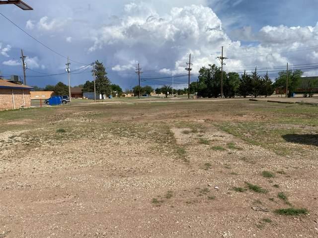 106 Clubview Drive, Levelland, TX 79336 (MLS #202107510) :: McDougal Realtors