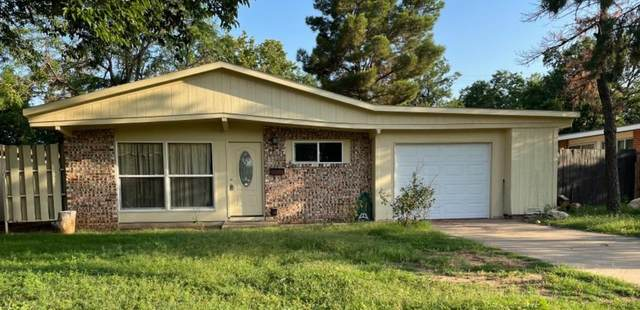 2715 68th Street, Lubbock, TX 79413 (MLS #202107603) :: Better Homes and Gardens Real Estate Blu Realty