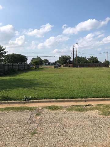 117 E 75th Street, Lubbock, TX 79404 (MLS #202107642) :: Better Homes and Gardens Real Estate Blu Realty