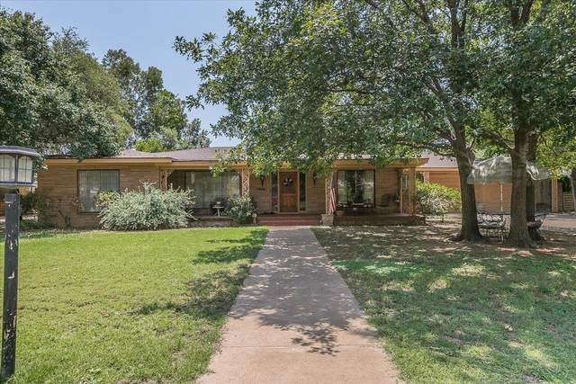 1915 32nd Street, Lubbock, TX 79411 (MLS #202107739) :: Lyons Realty