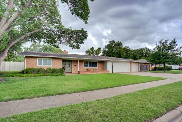 2313 59th Street, Lubbock, TX 79412 (MLS #202107801) :: McDougal Realtors