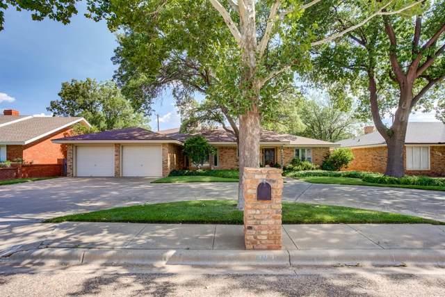304 Sandalwood Lane, Levelland, TX 79336 (MLS #202107824) :: Lyons Realty