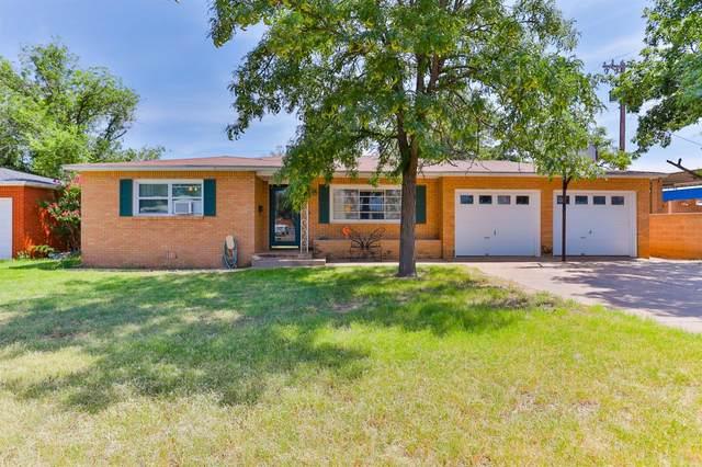 108 Linda Lane, Levelland, TX 79336 (MLS #202107770) :: Lyons Realty