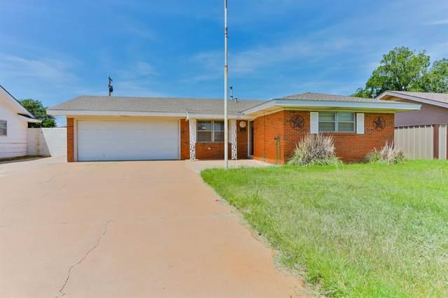 203 Butch Street, Levelland, TX 79336 (MLS #202107768) :: Lyons Realty