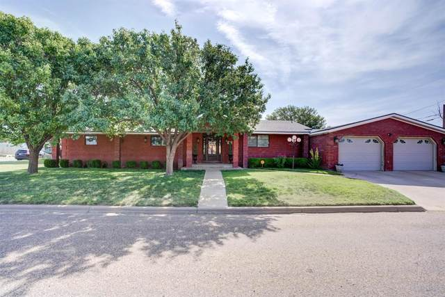 312 Ave K, Hale Center, TX 79041 (MLS #202107656) :: Better Homes and Gardens Real Estate Blu Realty