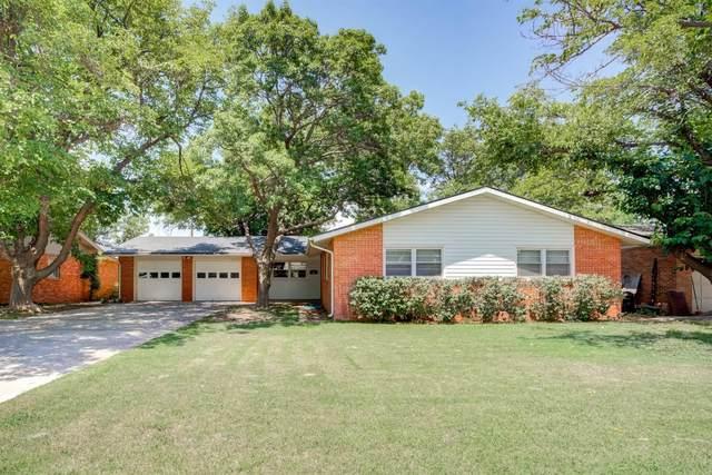 2316 56th Street, Lubbock, TX 79412 (MLS #202107875) :: Rafter Cross Realty