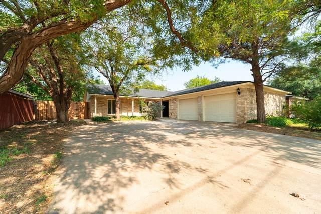8107 Utica Avenue, Lubbock, TX 79424 (MLS #202108087) :: Reside in Lubbock | Keller Williams Realty