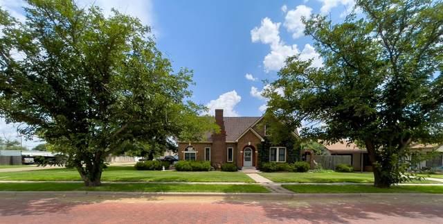 705 W Garza Street, Slaton, TX 79364 (MLS #202108133) :: Better Homes and Gardens Real Estate Blu Realty