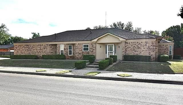 2916 78th Street, Lubbock, TX 79423 (MLS #202108343) :: Scott Toman Team