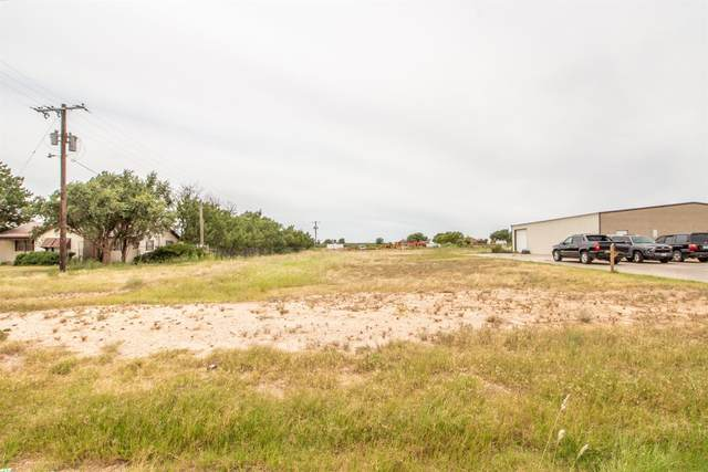 12018 Frankford Avenue, Lubbock, TX 79424 (MLS #202108411) :: Better Homes and Gardens Real Estate Blu Realty