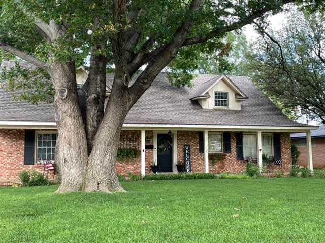 1308 Borger, Plainview, TX 79072 (MLS #202108663) :: Better Homes and Gardens Real Estate Blu Realty