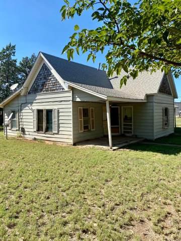1601 S Ave L, Tahoka, TX 79373 (MLS #202108755) :: Lyons Realty
