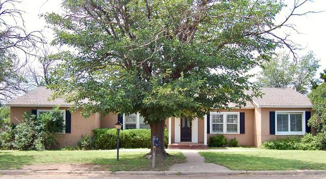 712 11th Street, Shallowater, TX 79363 (MLS #202108535) :: Duncan Realty Group