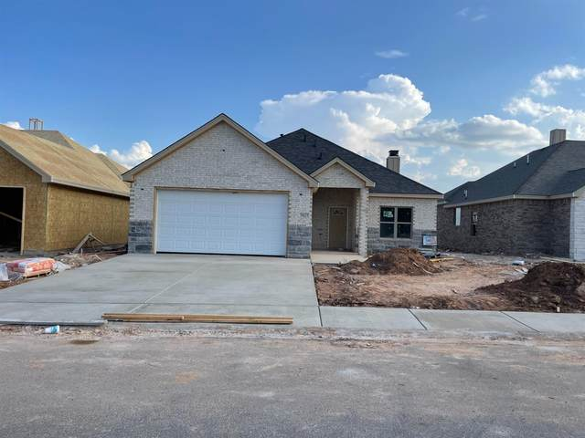 7627 87th Street, Lubbock, TX 79424 (MLS #202109091) :: Better Homes and Gardens Real Estate Blu Realty