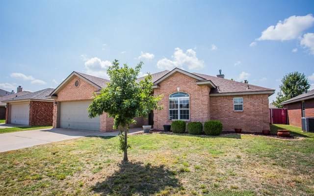 1004 Oshkosh Avenue, Lubbock, TX 79416 (MLS #202109116) :: Lyons Realty