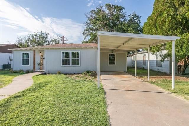 522 Double U Drive, Levelland, TX 79336 (MLS #202109452) :: Lyons Realty