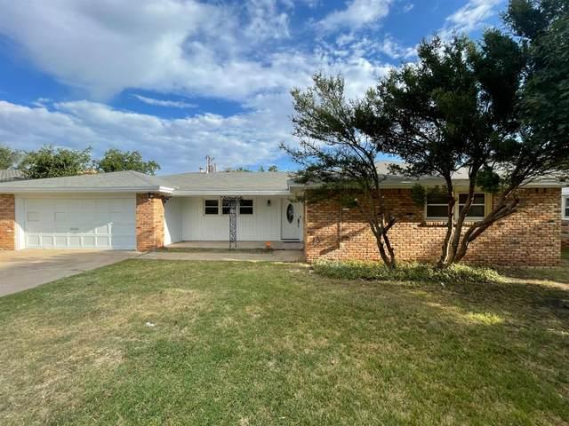 1604 57th Street, Lubbock, TX 79412 (MLS #202109485) :: McDougal Realtors