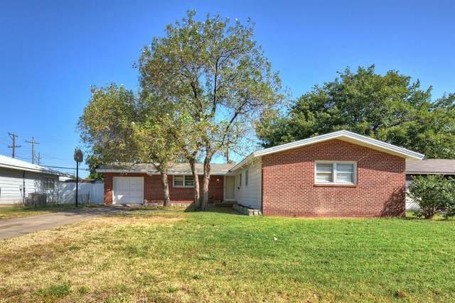 4318 43rd Street, Lubbock, TX 79413 (MLS #202109565) :: McDougal Realtors