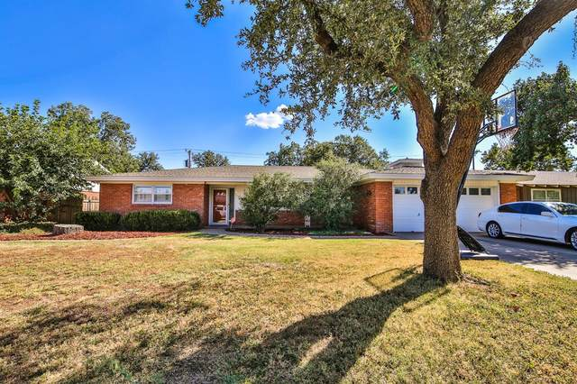 2015 52nd Street, Lubbock, TX 79412 (MLS #202109652) :: Stacey Rogers Real Estate Group at Keller Williams Realty