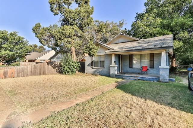 2114 27th Street, Lubbock, TX 79411 (MLS #202109141) :: The Lindsey Bartley Team