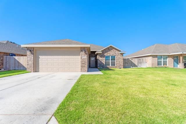 8810 15th Street, Lubbock, TX 79416 (MLS #202109708) :: Lyons Realty