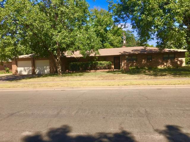 3824 53rd Street, Lubbock, TX 79413 (MLS #202109934) :: Better Homes and Gardens Real Estate Blu Realty