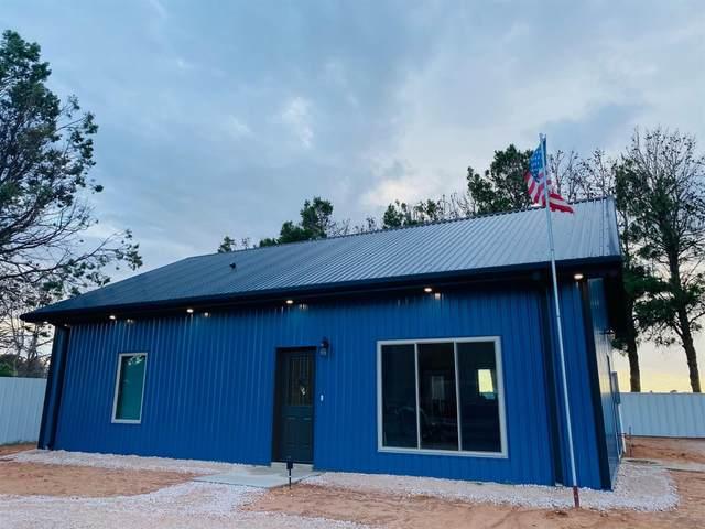 1115 N Cedar Street, Brownfield, TX 79316 (MLS #202109939) :: Lyons Realty