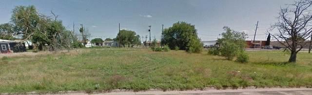 212 44th Street, Lubbock, TX 79404 (MLS #202109963) :: The Lindsey Bartley Team